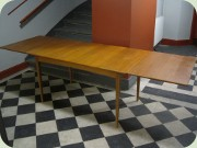 Extendable teak dining table maximum length 250 cm
