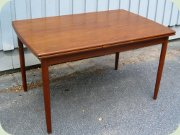 Scandinavian 50's teak dining table with dutch leaves