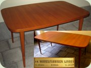 Swedish 60's teak dining table byl Möbelfabriken Linden