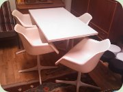 Plastic swivel chairs & table on steel base, Robin Day, Overman/Hille