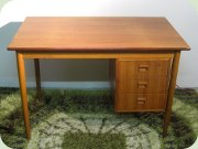 Scandinavian 50's teak desk with movable drawer unit