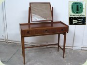 Swedish 50's or 60's mahogany dressing table with tilting mirror, Fröseke Nybrofabriken Bra Bohag